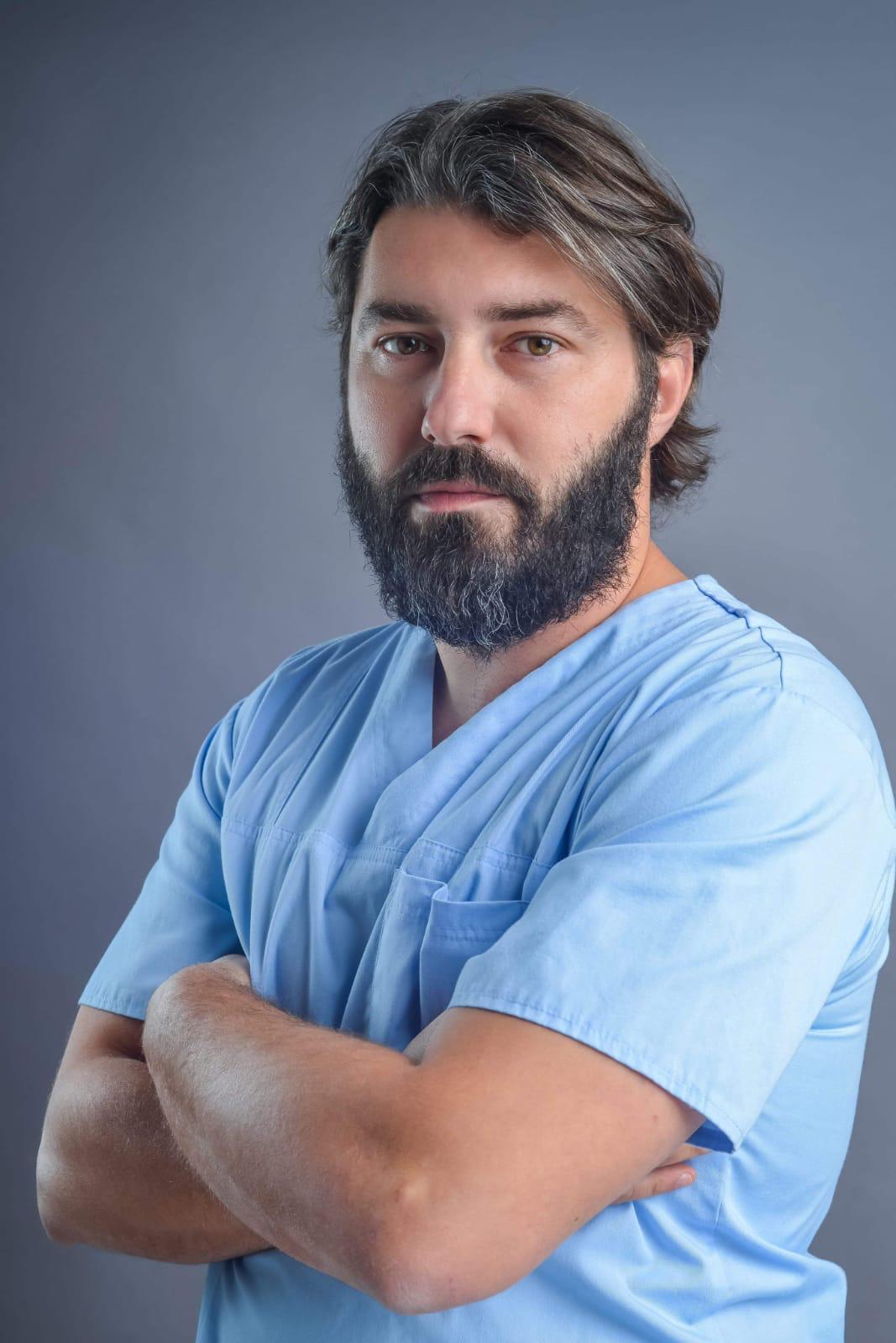 """Dr. Pascal Dameh: """"Liposucția nu este o metodă de pierdere în greutate"""""""